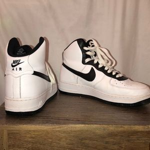 Nike High Top Air Force 1's